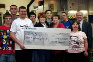 B2B present cheque to SPIN